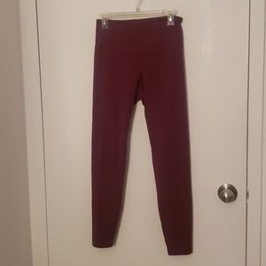 Old Navy active purple workout leggings in size M